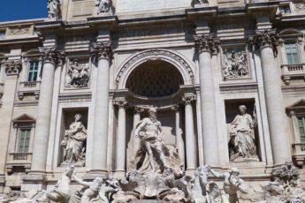 Fontana di Trevi: um monumento para ser admirado e entendido!