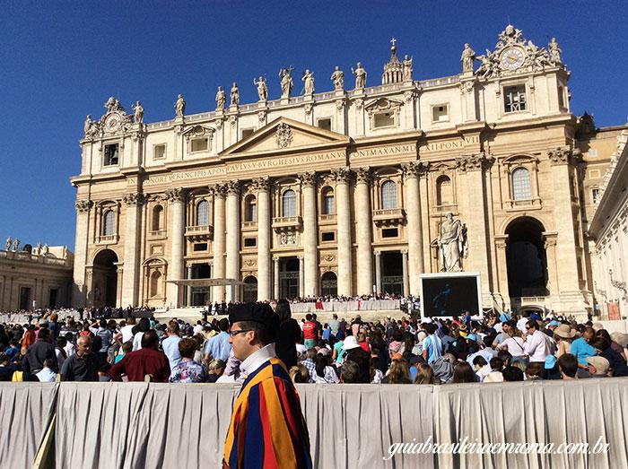 guarda suica vaticano guia brasileira roma - Audiência de Quartas-feiras com o Papa