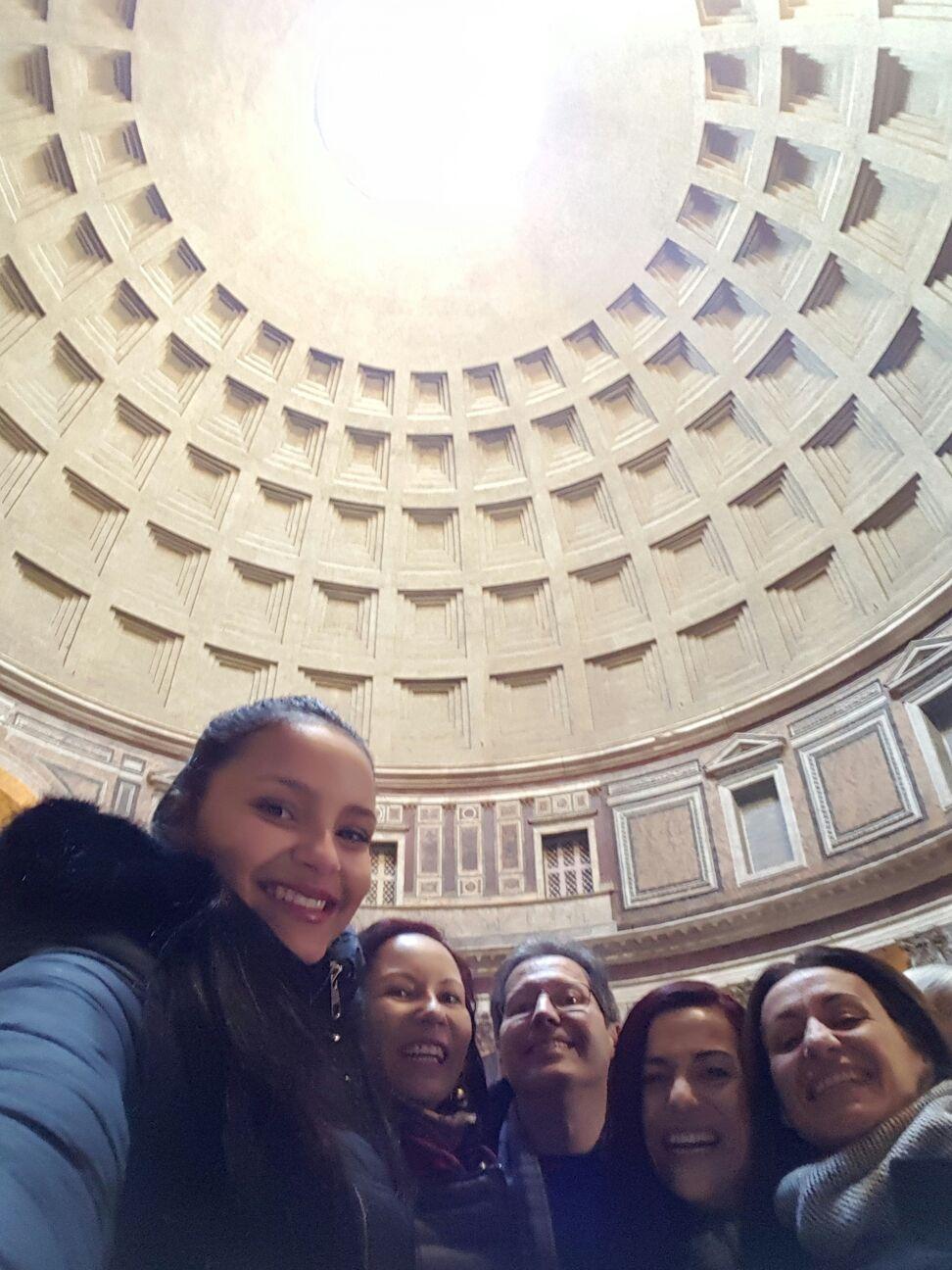 Passeio pracas fontes pantheon portugues - Visita guiada em Roma: centro-histórico museal!