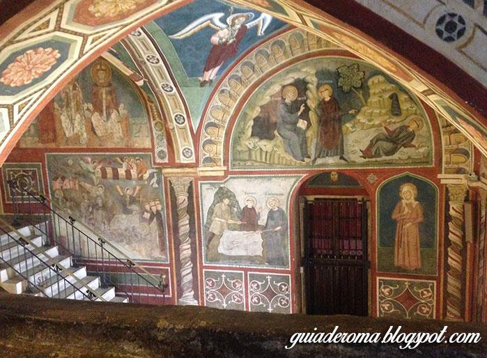 ambientes interno - Visitar o Mosteiro de São Bento