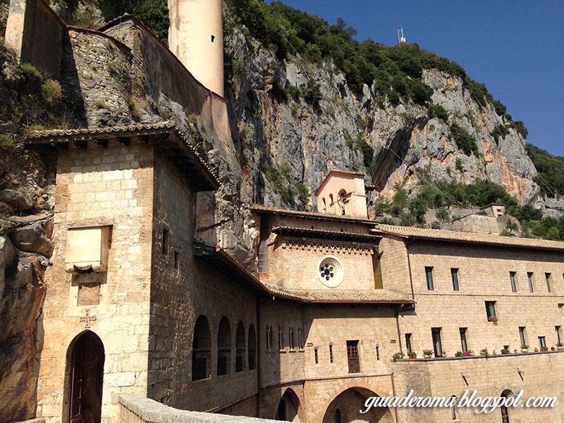 Visitar mosteiro de São Bento, o edifício