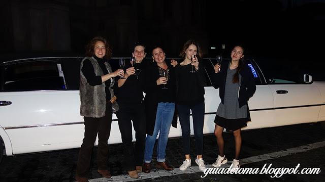 ROMA de noite limousine portugues - Viagens de Incentivo, temos sede em Roma