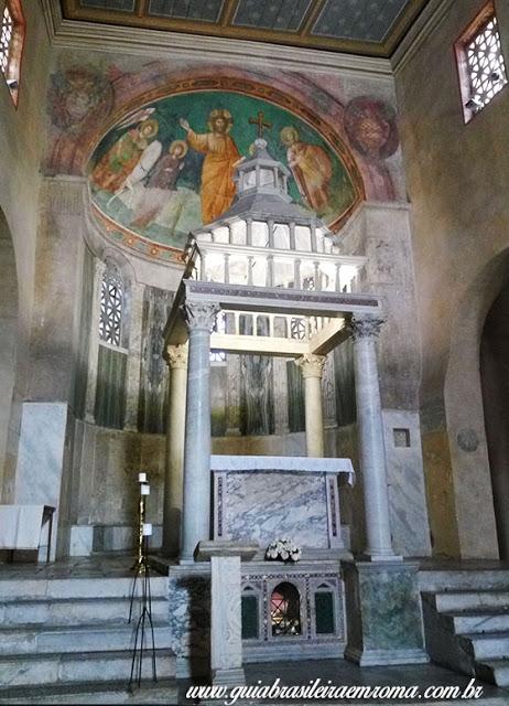altar ciborio sao jorge velabro city tour portugues roma - A basílica de São Jorge al Velabro em Roma