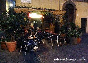 bar trastevere guia brasileira 300x215 - Cinco bares em Trastevere, Roma