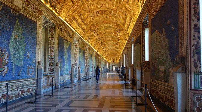 galeria mapas museus Vaticanos guia brasileira roma 672x372 - A Galeria dos Mapas dos Museus Vaticanos