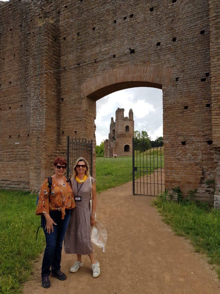 Via Appia Guia particular Portugues 768x1024 - Visitas guiadas em Roma em português