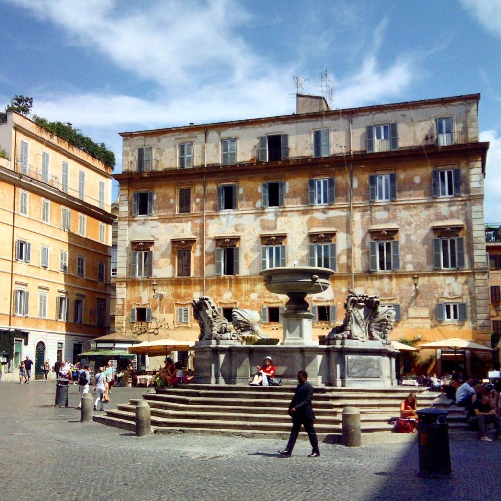 como evitar filas roma trastevere passeio cultural 1024x1024 - Como evitar museus cheios e filas em Roma