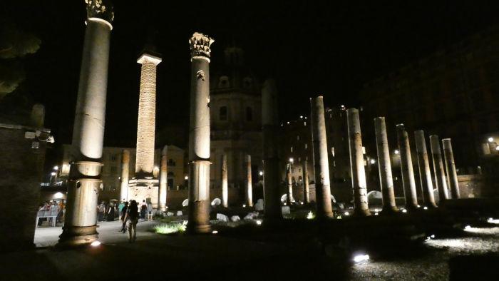 visitar forum traiano noite guia brasileira - Visitar o Fórum Romano de noite