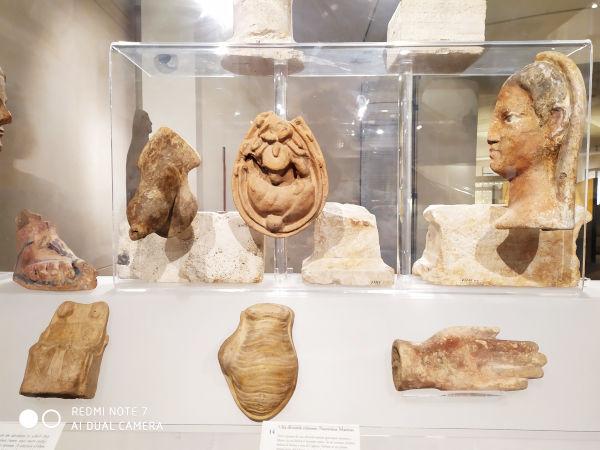 ofertas deuses partes do corpo termas diocleciano - Museu das Termas de Diocleciano