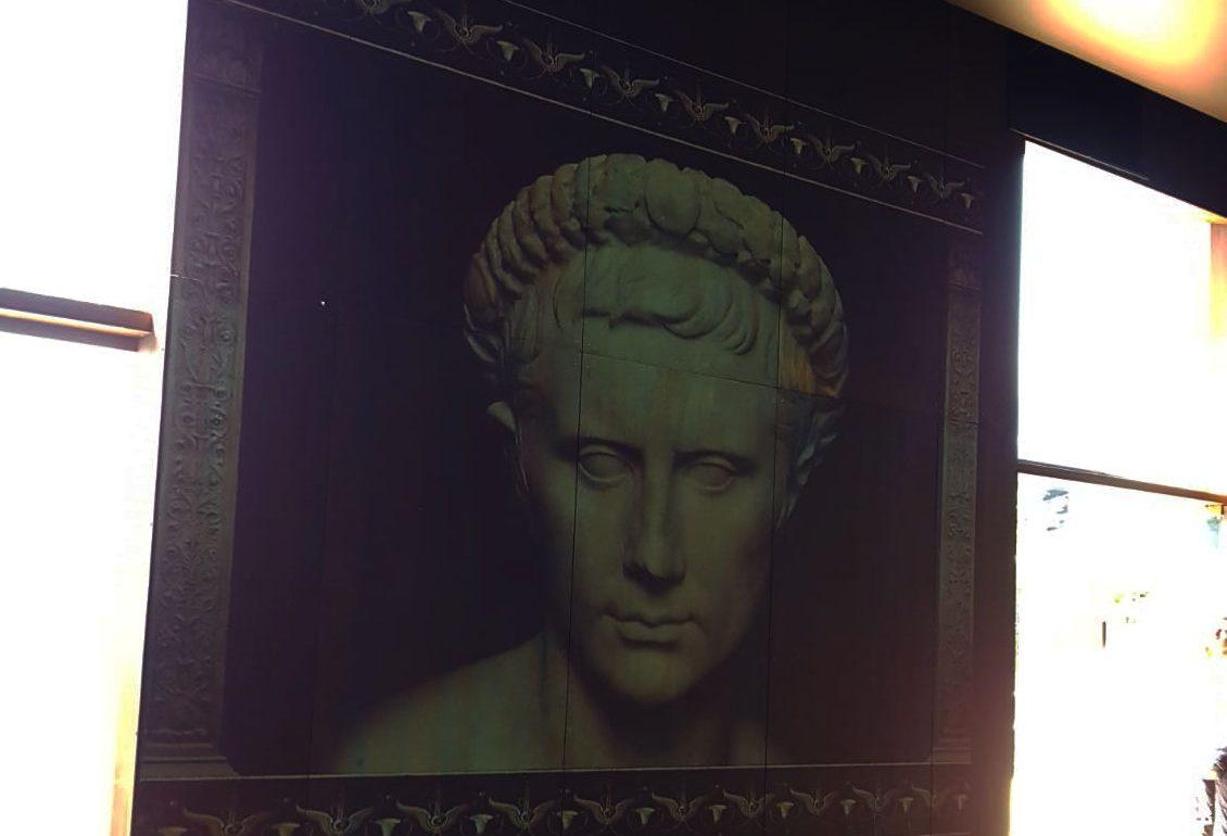 Mansão de Augusto nos subterrãneos no Palatino: introdução emvídeo