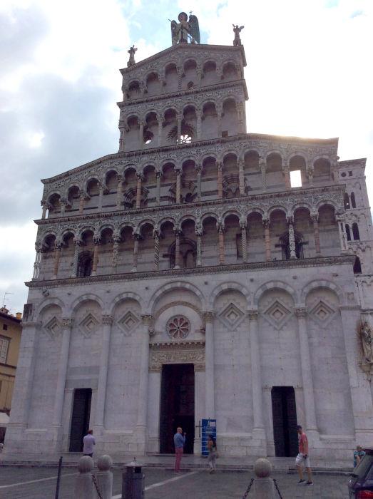 lucca bate e volta tour na toscana - Turismo na Toscana
